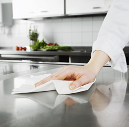 Kitchen_Wiping_small_PR